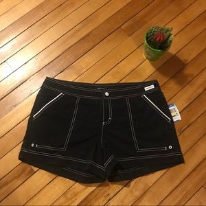 Woman's Nautica Shorts
